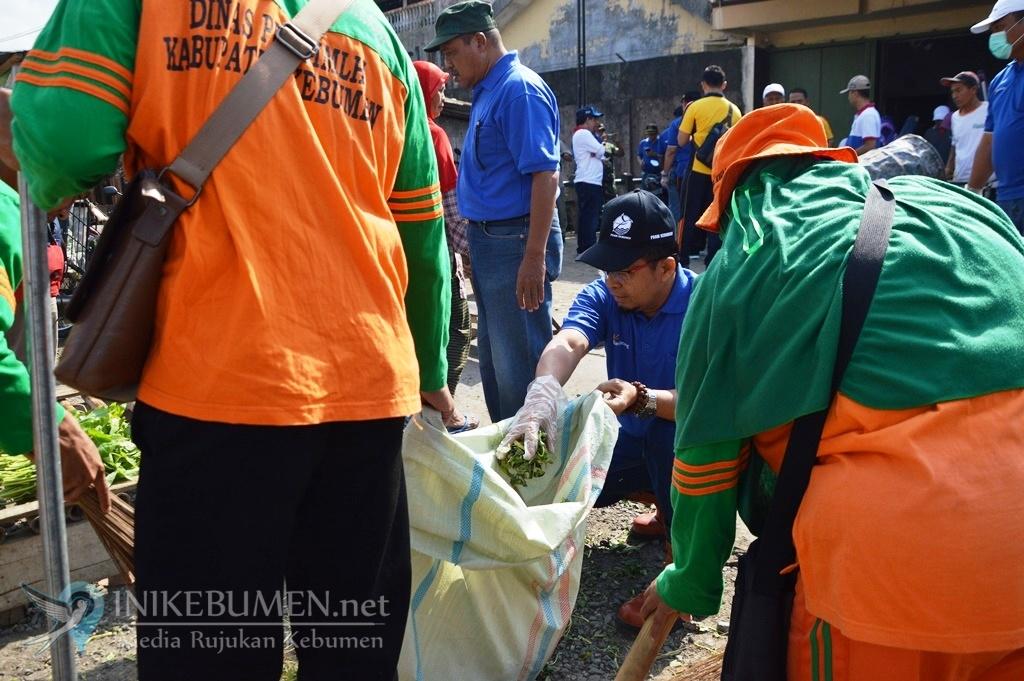 World Cleanup Day, 85 Ribu Warga Kebumen Punguti Sampah Serentak