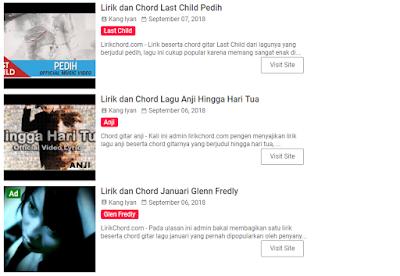 Aysik Bernyanyi dan Bermain Gitar Dengan Melihat LirikChord Online