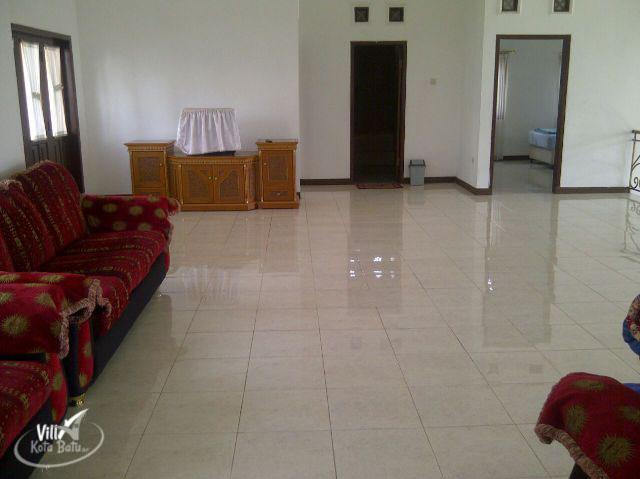 Villa Rose Batu Malang - Villa Kolam Renang Batu