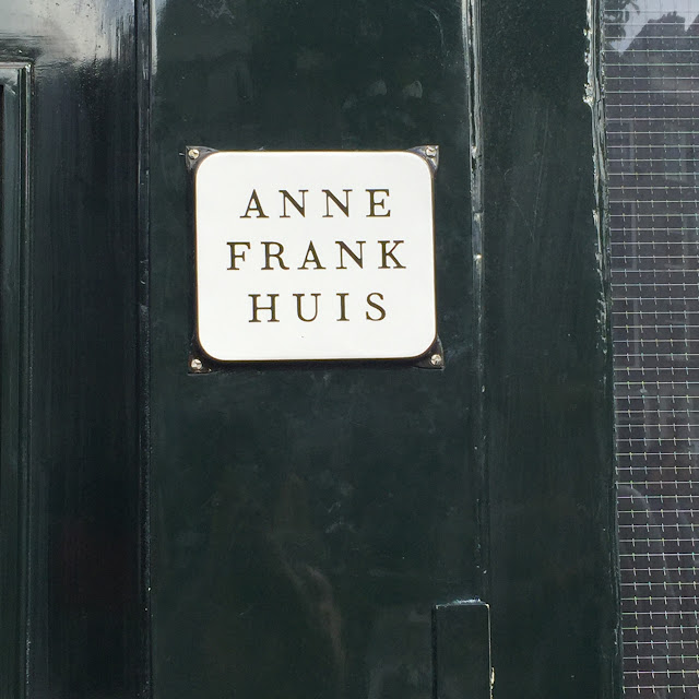 Anne Frank Huis, Amsterdam. http://psychologyfoodandfitness.blogspot.co.uk/2016/07/travel-diary-i-am-amsterdam.html
