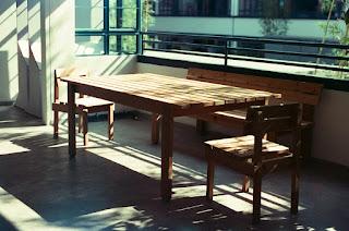 Τρόπος για να αφαιρέσουμε τις γρατσουνιές σε ξύλινα έπιπλα