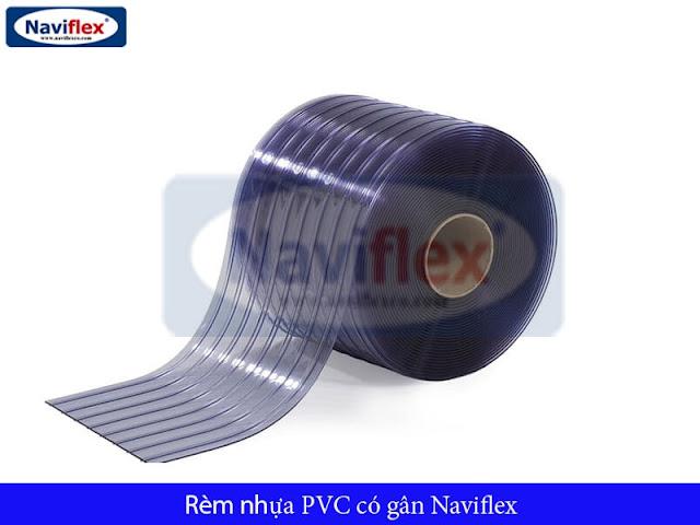 nen-chon-rem-nhua-pvc-co-gan-hay-rem-nhua-khong-gan-01