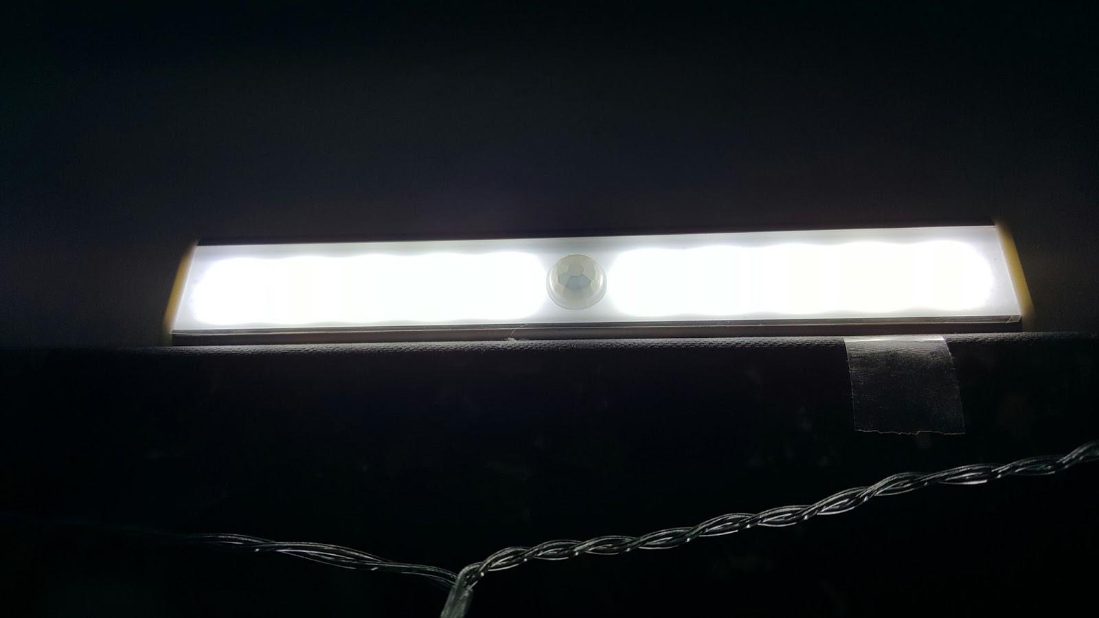 lahr2006 testet morecoo schranklicht mit bewegungsmelder led nachtlicht mit usb ladenkabel als. Black Bedroom Furniture Sets. Home Design Ideas