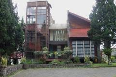 Villa Tower 4 Kamar di Istana Bunga
