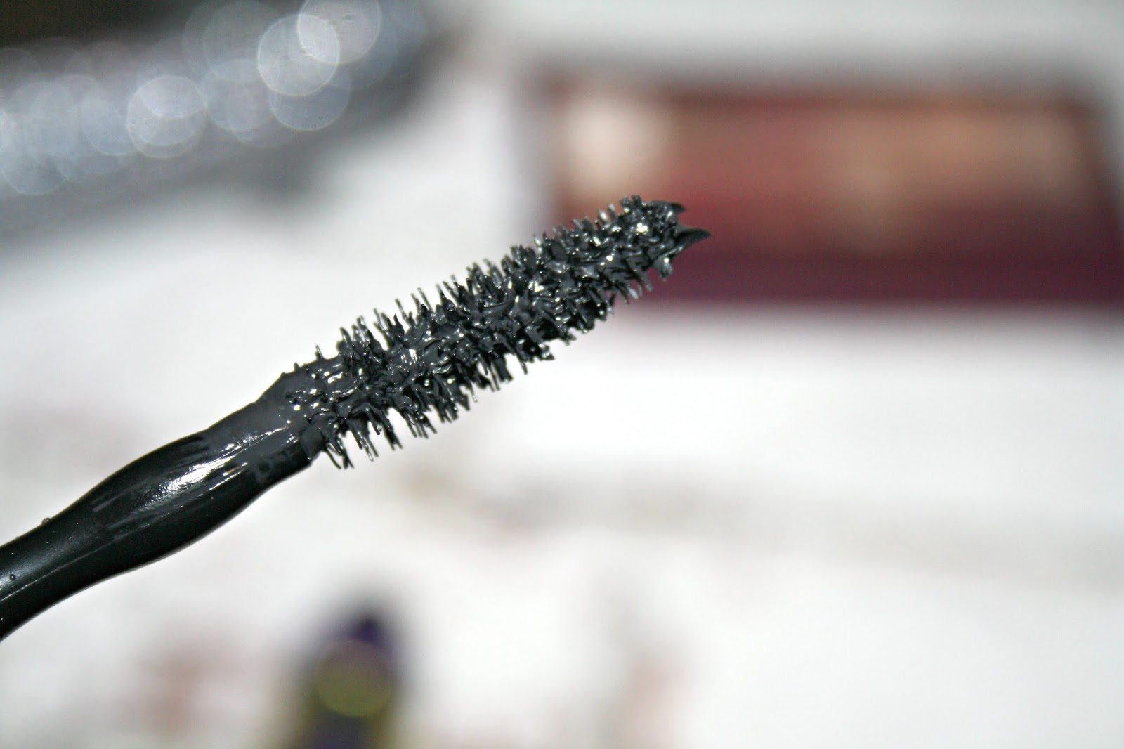 Volum' Express The Colossal Big Shot Washable Mascara by Maybelline #14