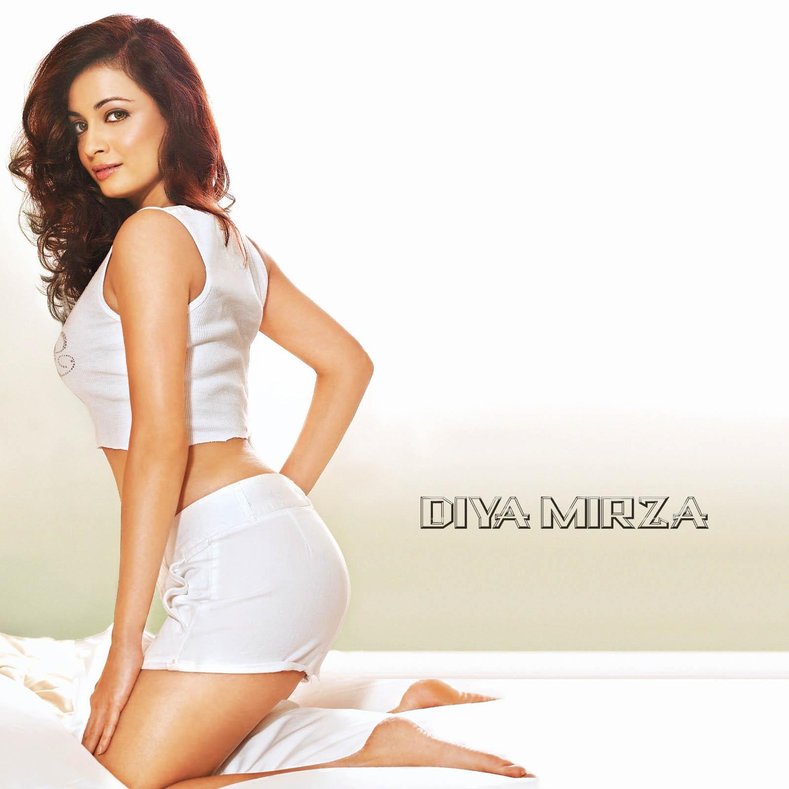Sexy Diya Mirza 97