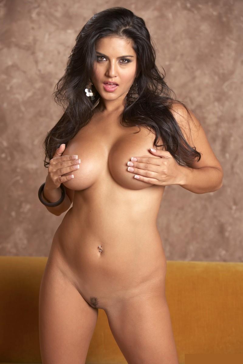 Sunny Leone Porn Star Hot Nude Pics