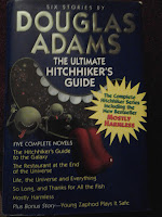 Book cover of The Ultimate Hitchhiker's Guide to the Galaxy