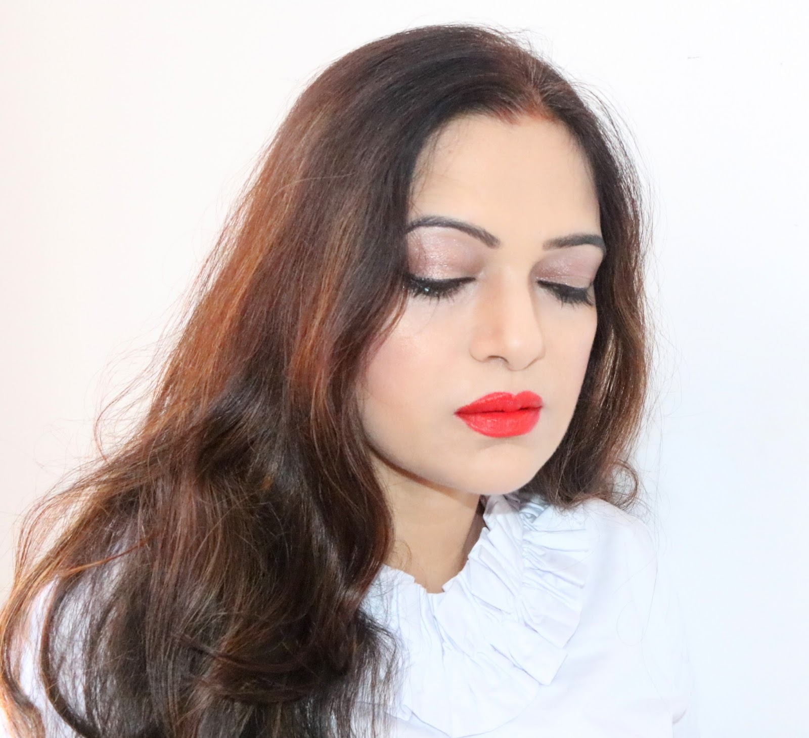BEAUTY, BEAUTY BLOGGER, RED LIPS, DO A FALL MAKEUP, EYE MAKEUP, FALL, FALL MAKEUP, FALL MAKEUP LOOK,