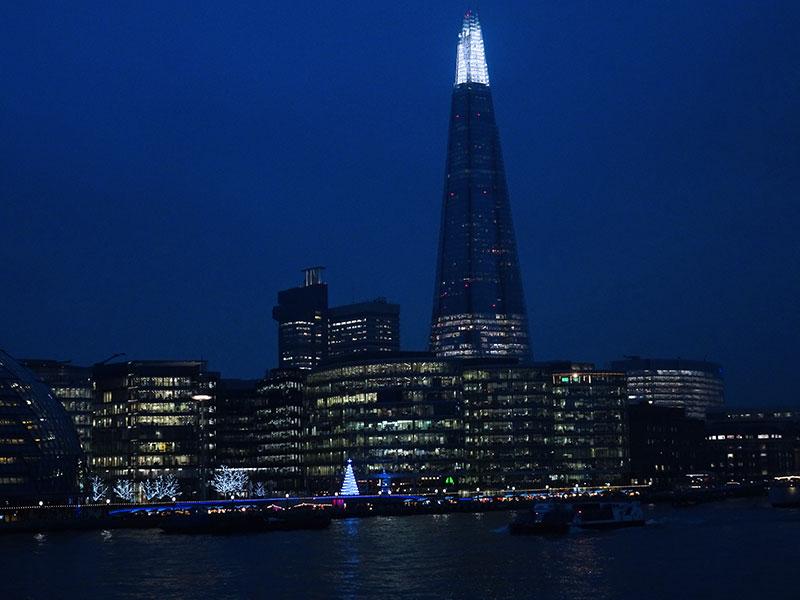 London_Gorgeous_Christmas_Lights_Photographs_Tower_Bridge_More_London_84