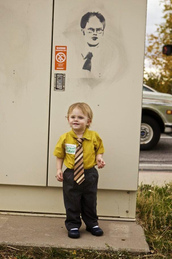 gambar anak memakai kostum kantoran