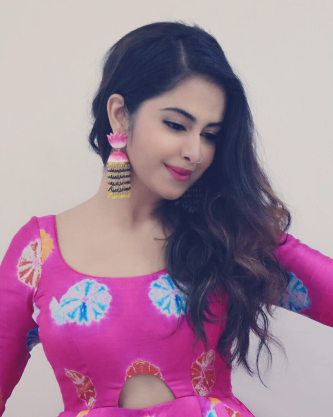 avika gor hd wallpaper and best pictures collection bollywood popular avika gor hd wallpaper and best