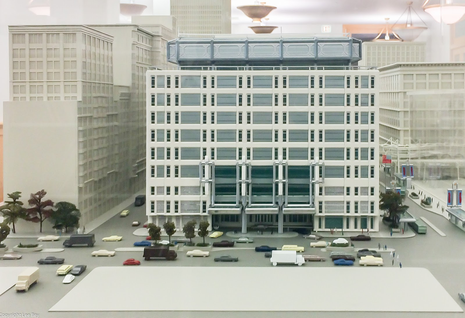 an analysis of the design of the harold washington library by thomas beeby Rem koolhas's proposed library in seattle seems worlds apart from tom beeby's harold t washington library in chicago  yet it is central to the design and.