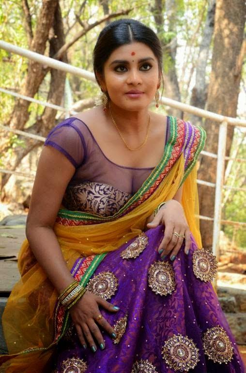 South Actress Saree Below Navel Show Photos Hot HD Stills