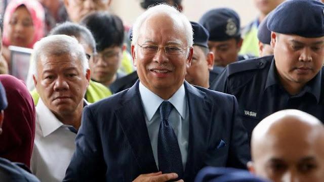Sekutu Najib Razak Didakwa Suap Senilai Rp943 miliar