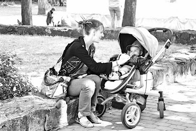 having a baby at a young age is becoming rampant not merely in third world countries but in initial world countries as well. In some country, you'll find 15 yr olds who are already having a baby. Surely, teenage pregnancy is usually a massive issue that does not only destroys the future of the young mum, but totally adds up to the lots of problems of a country.