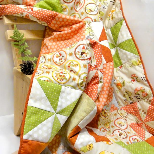 Лоскутное одеяло плед Гномы и грибы - детское одеяльце в кроватку, печворк, осенний подарок девочке на день рождения