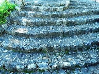 Escadaria da Praça Santo Brugalli - Mata (RS)