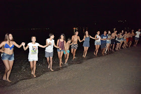 Beach party στην παραλία Καραθώνας από την Ελληνική Παράδοση Άργους