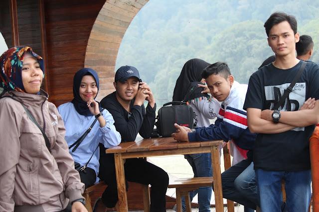 Jadi Baru Kebumen 2018 Tour To Bandung, Best Momen- pinisi resto di situ patenggang bandung 2