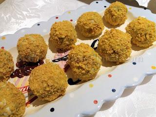 Хапки от броколи с яйца, сирене и кашкавал