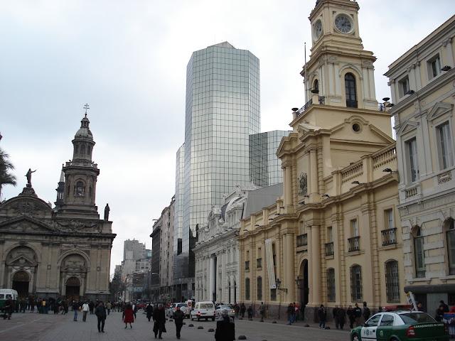 Centro de Santiago - Plaza de Armas e Catedral Metropolitana de Santiago.