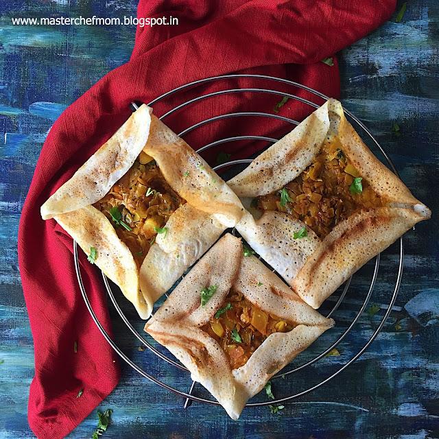 Iyengar Bakery Style Cabbage Masala Dosai