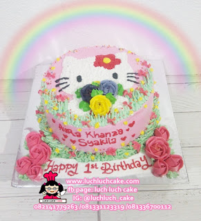 Hello Kitty Buttercream Cake
