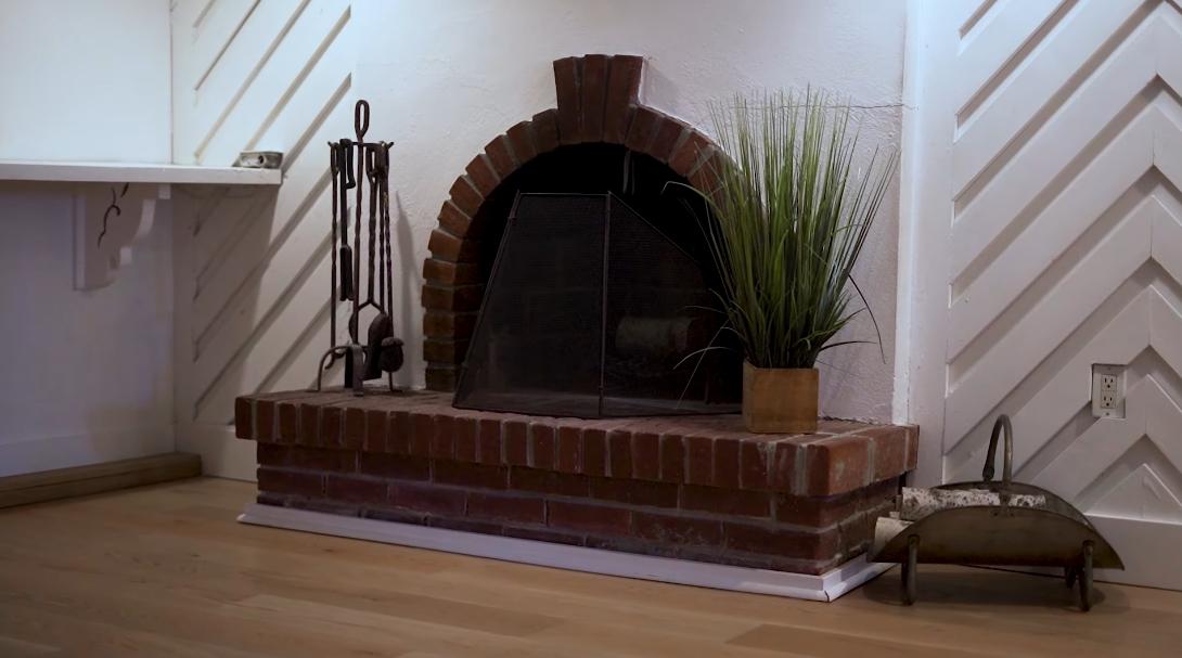 19 Photos vs. 9 Ridout St, Toronto Interior Design Home Tour