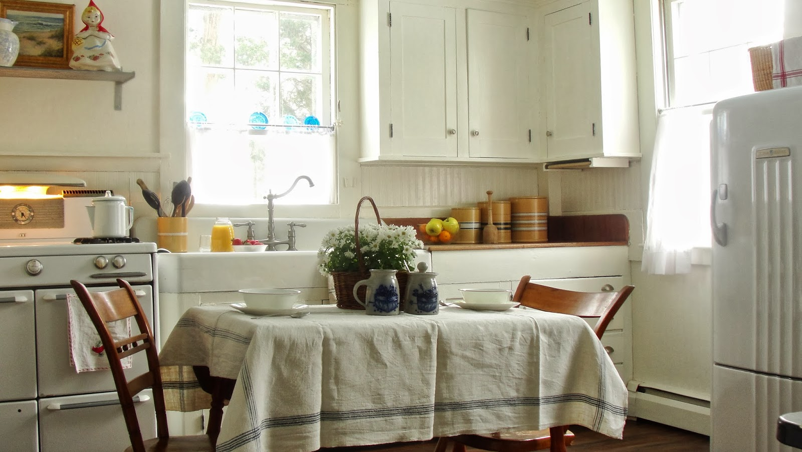 Cape cod historic homes blog if you can 39 t beat em - Cape cod house interior ...