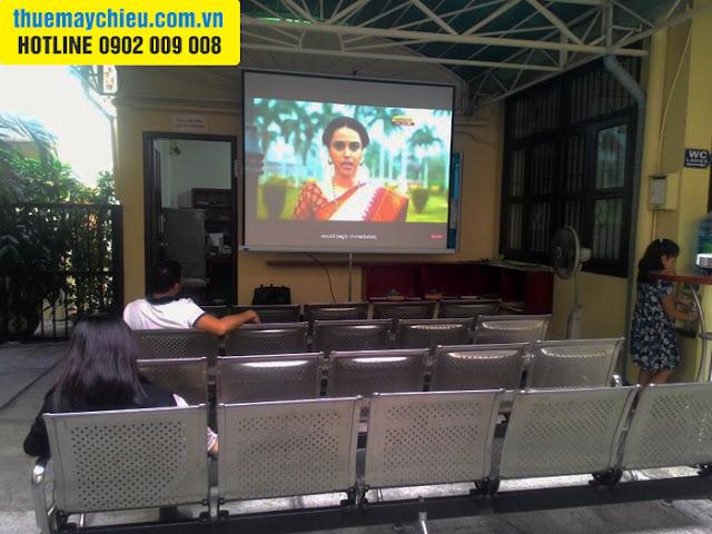 Đại sứ quán Ấn Độ tại TpHCM thuê máy chiếu của VNPC