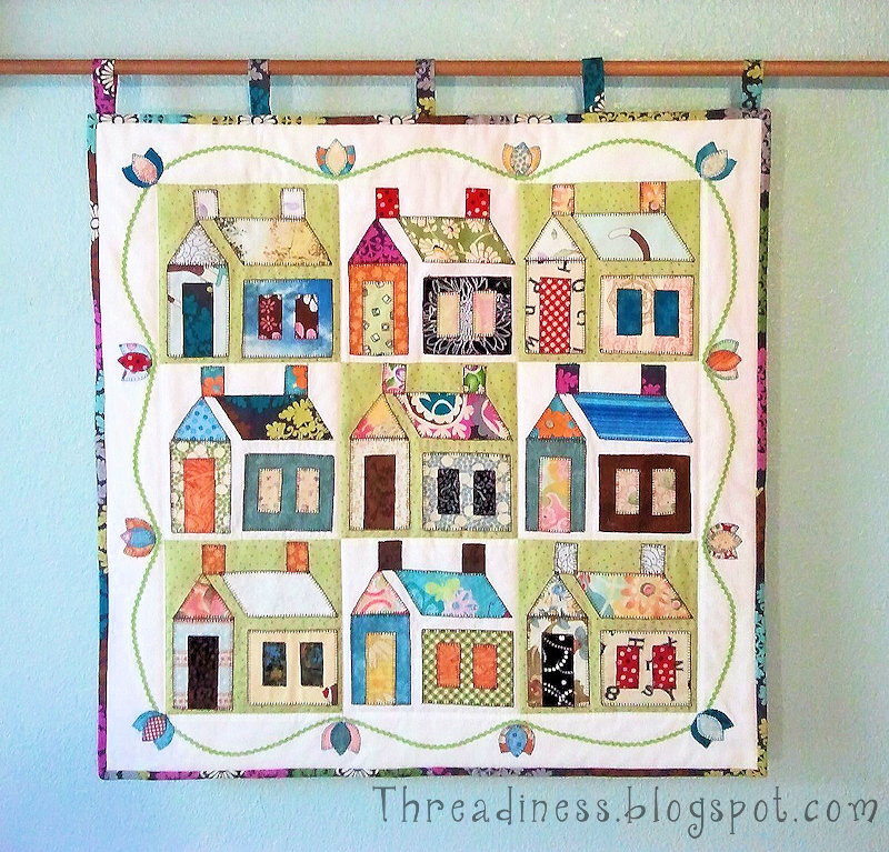 Quilt inspiration free pattern day house quilts for House pattern