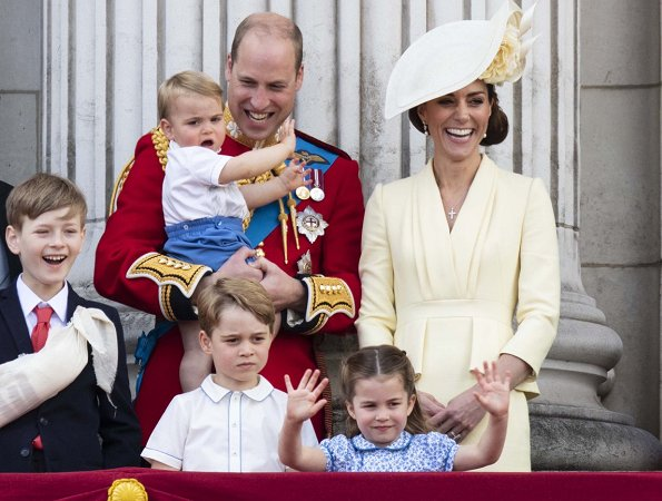 Kate Middleton, Meghan Markle, Prince George, Princess Charlotte, Prince Louis, Prince Harry, Archie Mountbatten-Windsor