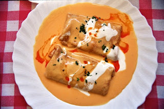 Hortobágyi palacsinta, a savory crêpe filled with veal