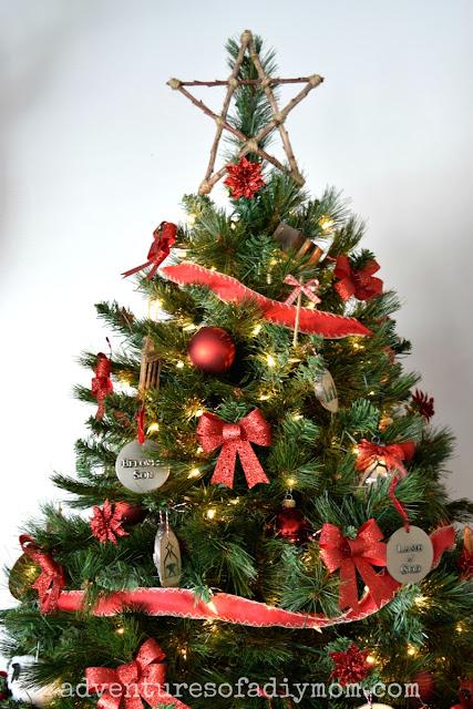 Nativity Themed Christmas Tree