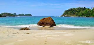 Wisata Banyuwangi Pantai Wedi Ireng