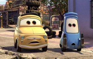 Luigi and Guido Cars 2 Película