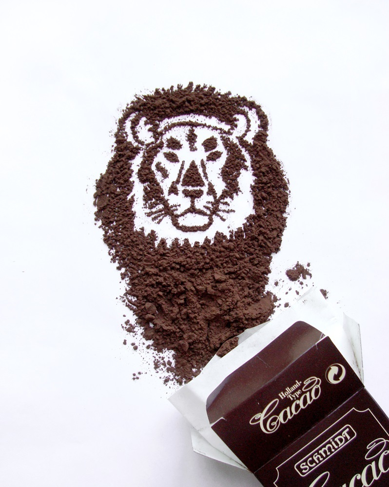 20-Tiger-Ioana-Vanc-Food-Art-using-Chocolate-Vegetables-and-Fruit-www-designstack-co