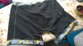 Minion-Boxershorts von hinten