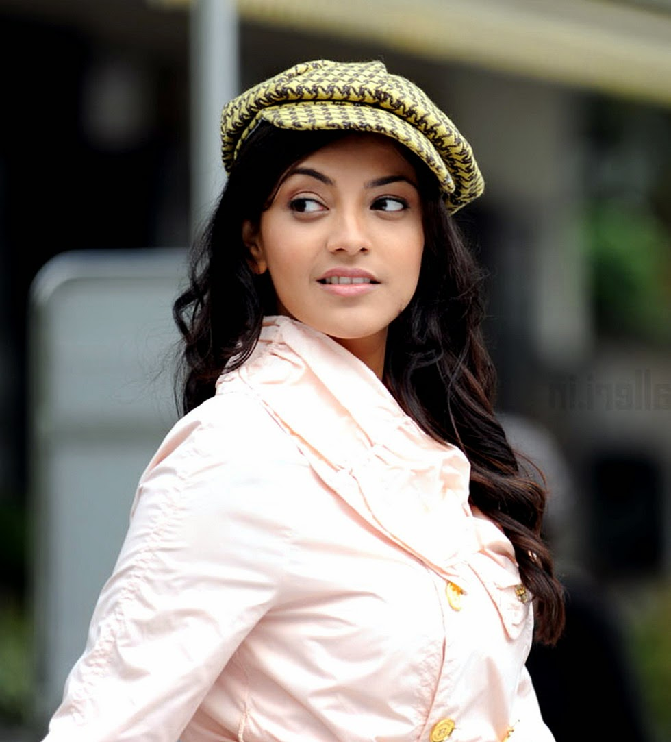 kajal agarwal wallpaper download