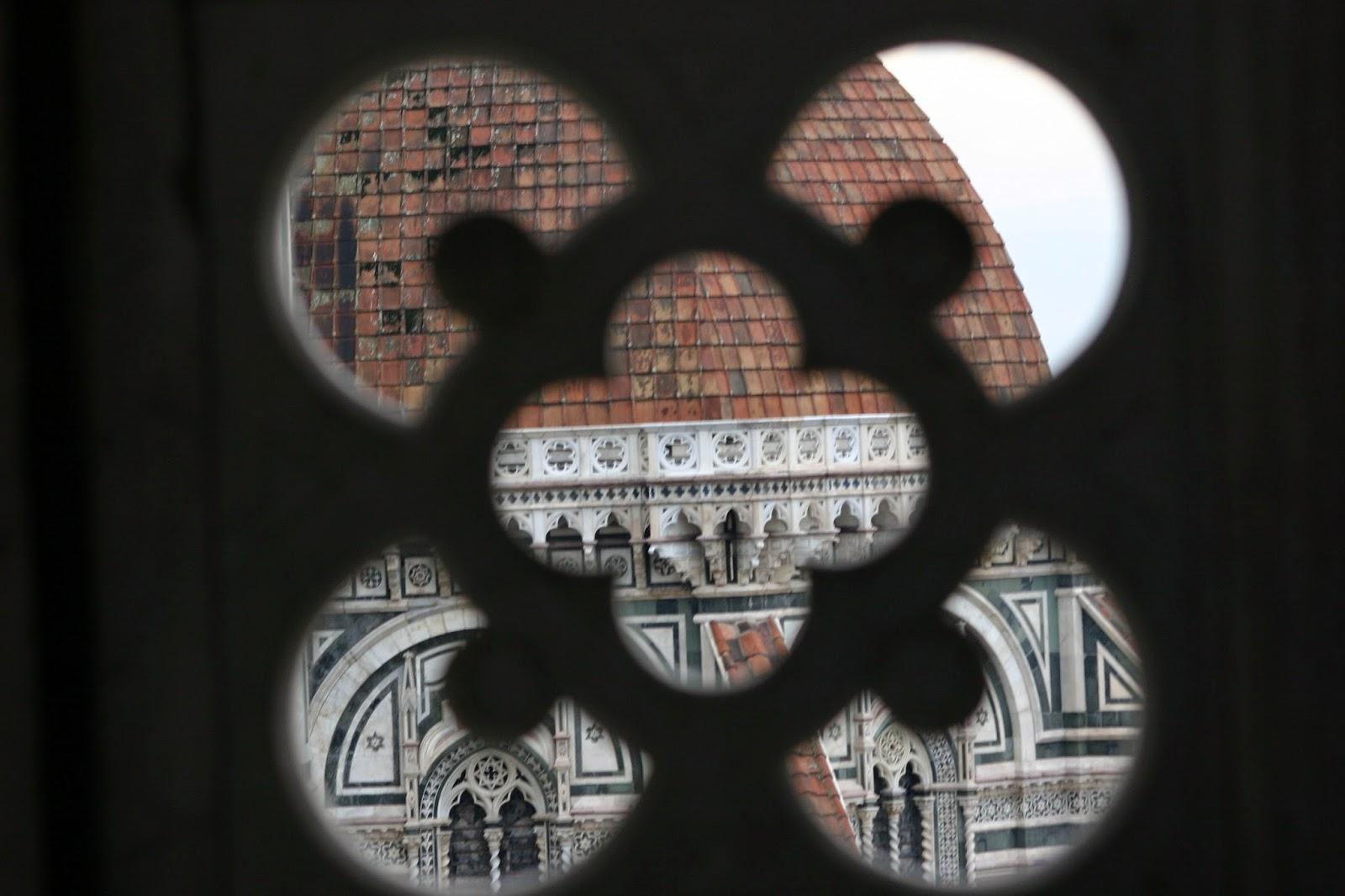 Viaggi Con Ricordi: FIRENZE: Il Giglio, Il Fiore E Altri