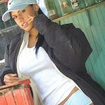 Andrea Rincon, Selena Spice Galeria 33: Gorra Azul, Cachetero Azul Foto 12