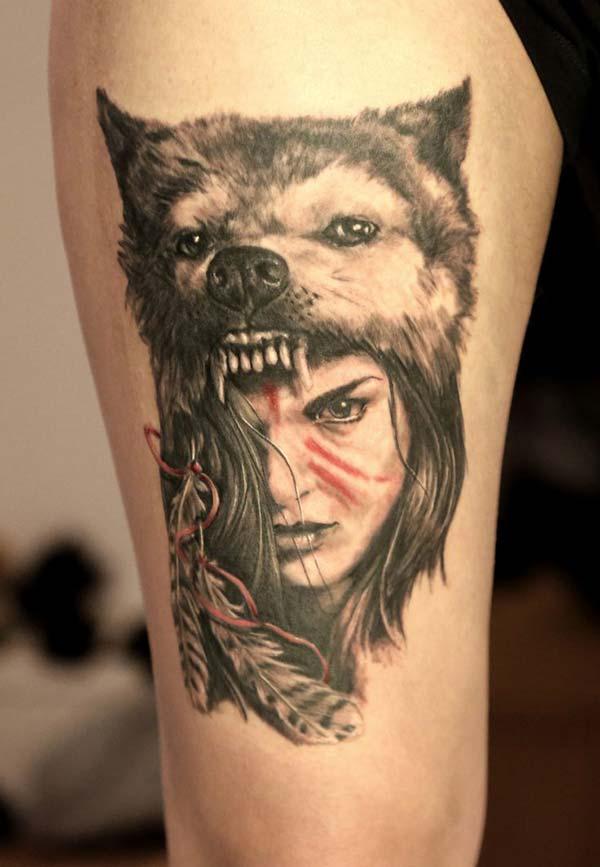 kurt ve kız kol dövmesi