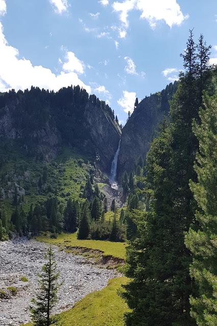Hintertux Wasserfall