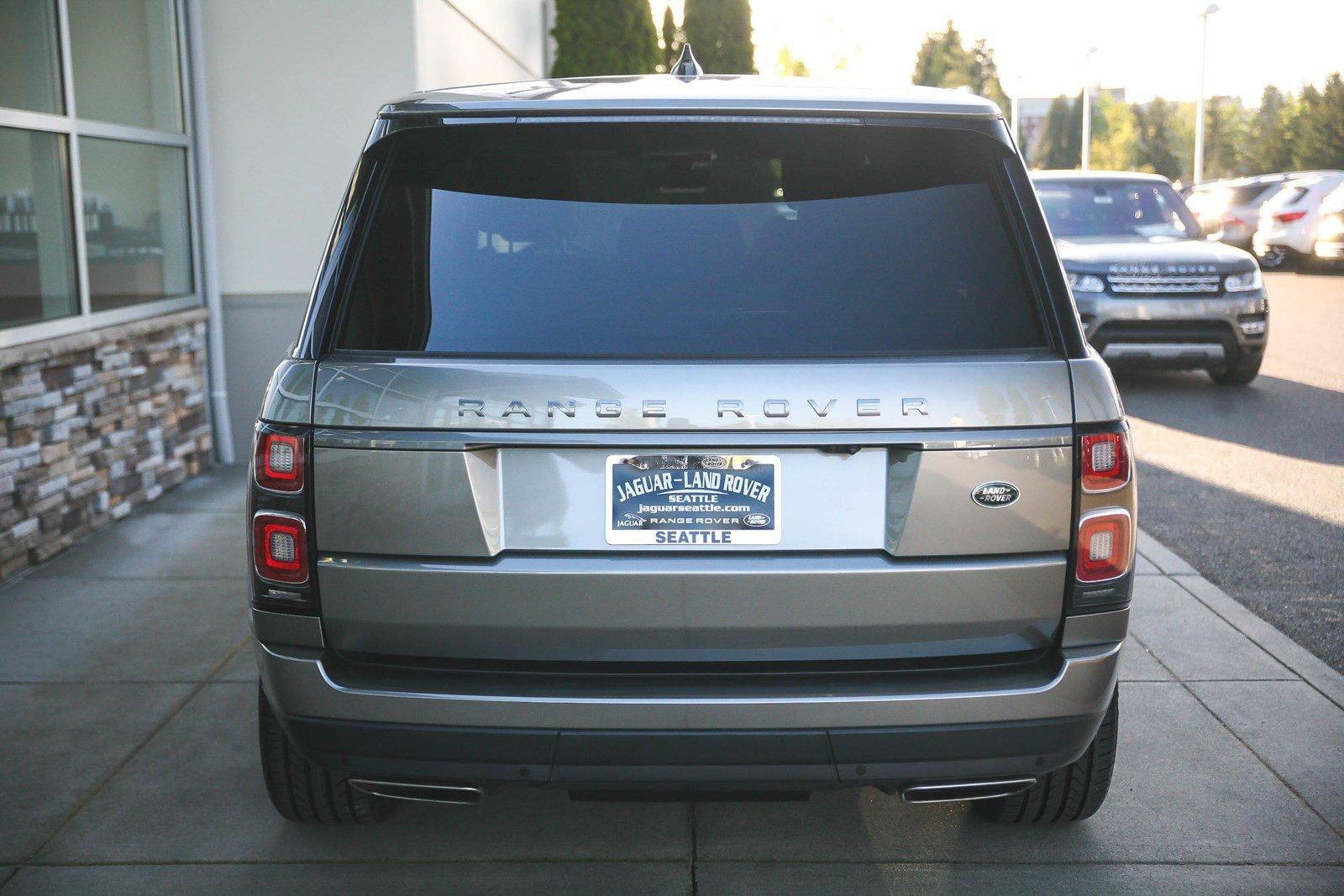 Siêu Phẩm SUV Range Rover LWB Mới 5 Chỗ Đời 2018 Model 2019 Màu Bạc ÁNh kim vừa về việt nam với giá trên 10 tỷ đồng có gì mới và đặc biệt