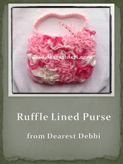 http://dearestdebi.com/crochet-ruffle-lined-purse