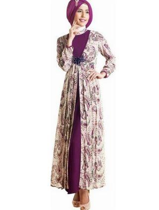 Contoh terbaru baju gamis motif batik untuk pesta