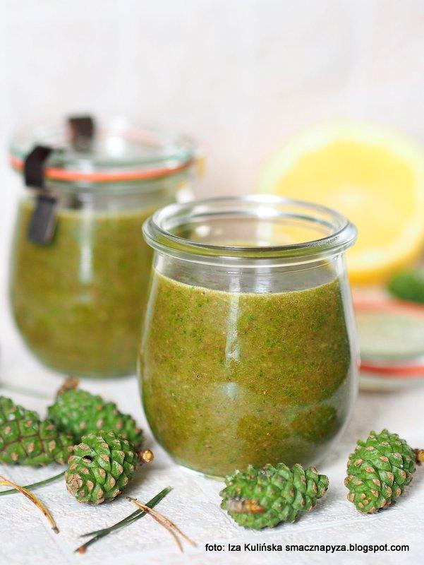 dzem z szyszek sosny, dzem sosnowy, konfitury sosnowe, sosna, co zrobic z szyszek, zielone szyszeczki,