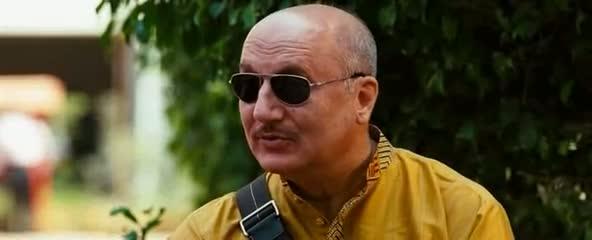 Screen Shot Of Hindi Movie Chhodo Kal Ki Baatein 2012 300MB Short Size Download And Watch Online Free at worldfree4u.com