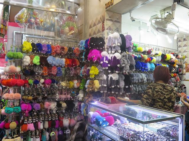 Sampeng Lane Market